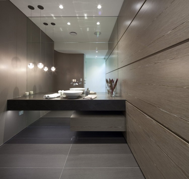 pared baño laminado madera