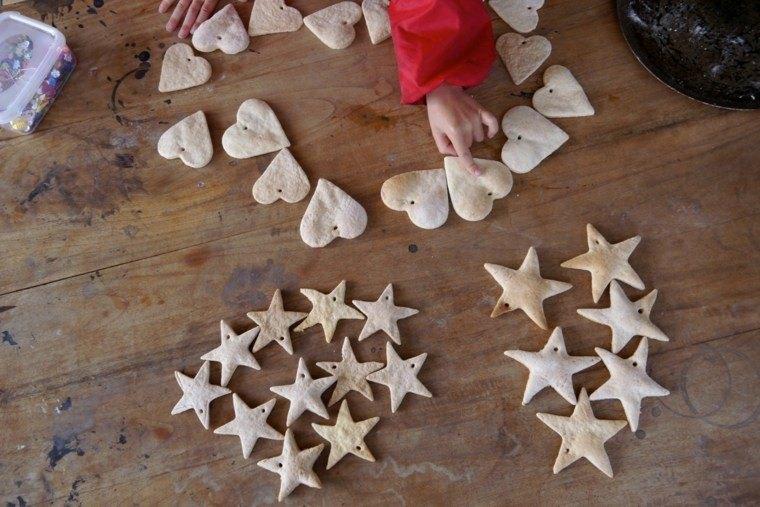 pasta sal decoracion navidena personalizada corazon estrellas ideas