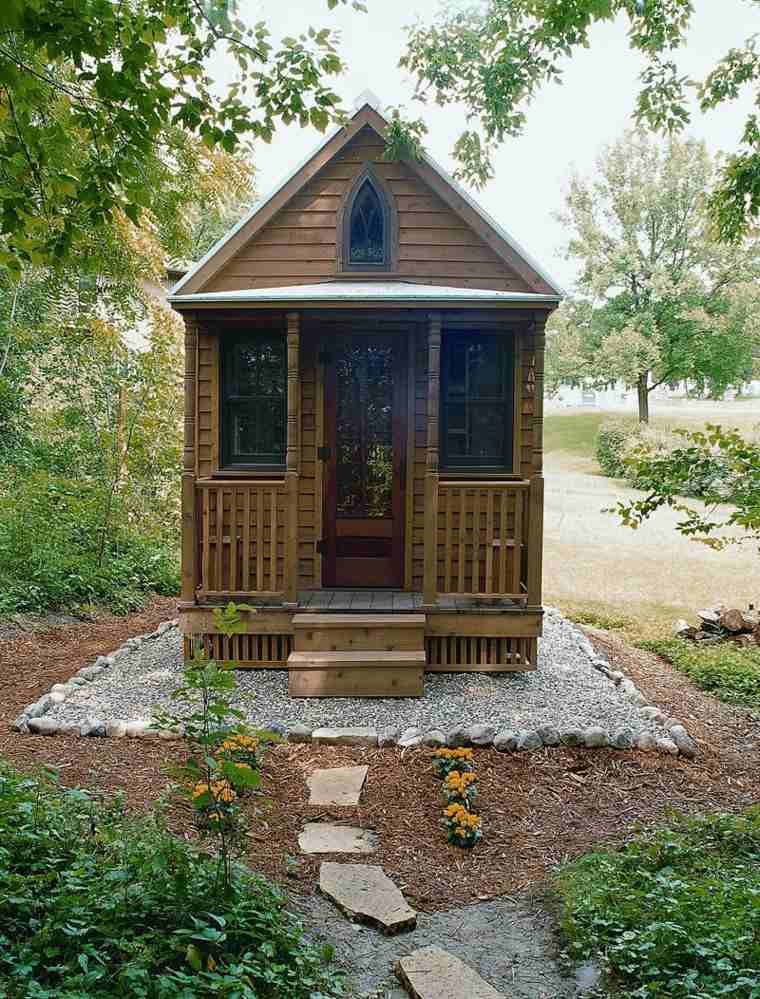 pequeña casita cuento hadas madera