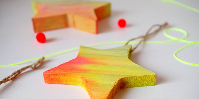 ecologicos adornos navidenos madera estrella colorida ideas