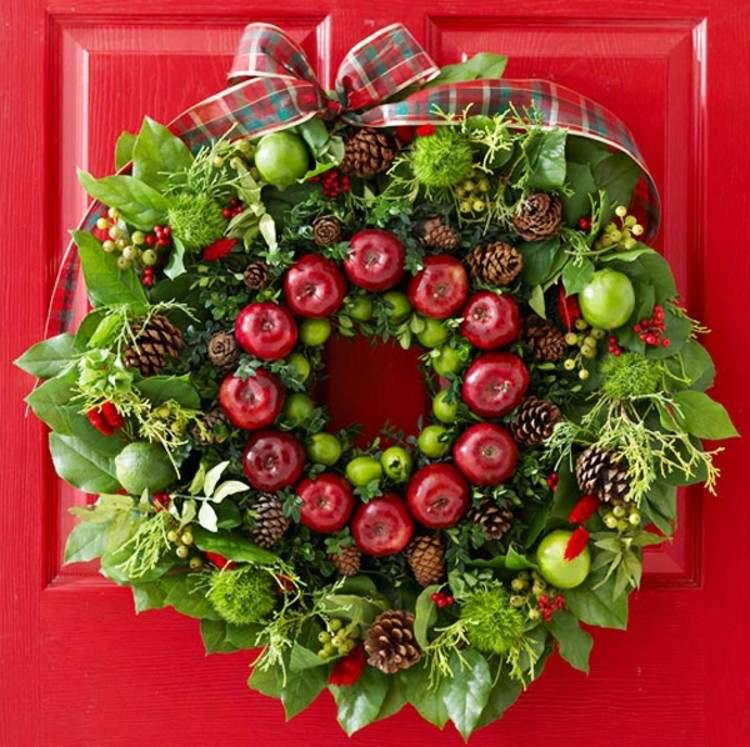 puerta decorado manzanas cintas lazo