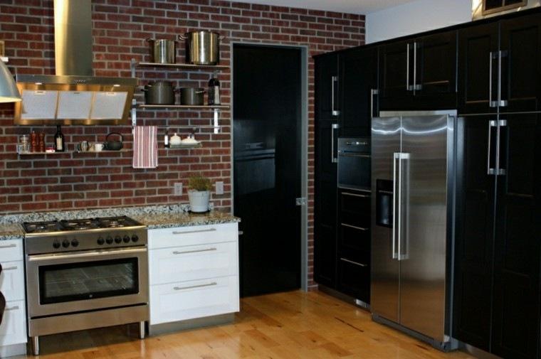 refrigerador ladrillos suelo madera muebles