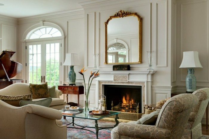 salones lujosos con chimenea clásica