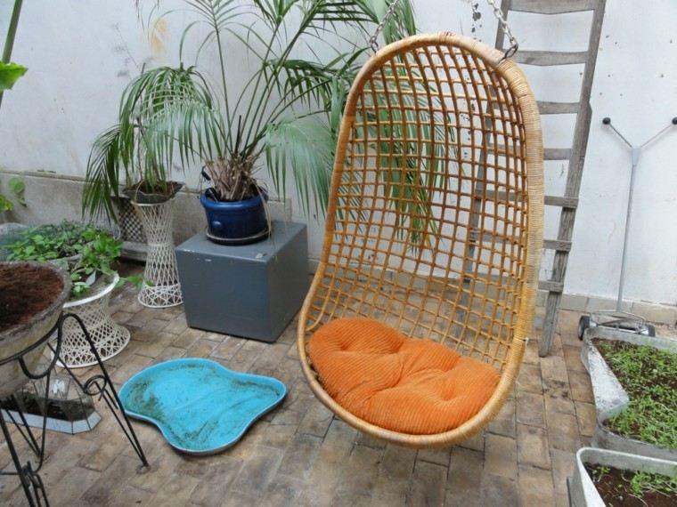 silla colgante cojin color naranja
