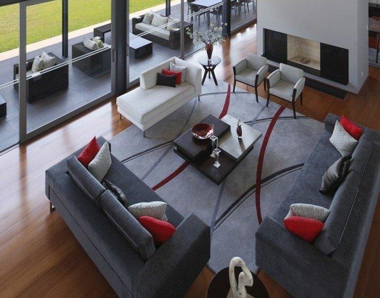 suelo madera alfombra color gris