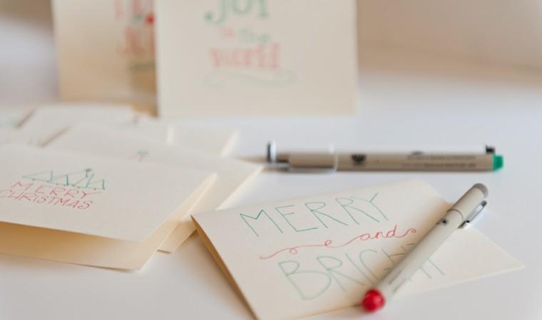 tarjetas navideñas letras colores mano