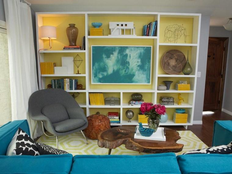 Emily Henderson estantes salon amarillo ideas