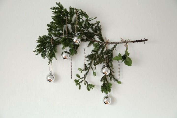 adorno rama bolas navidad plateadas