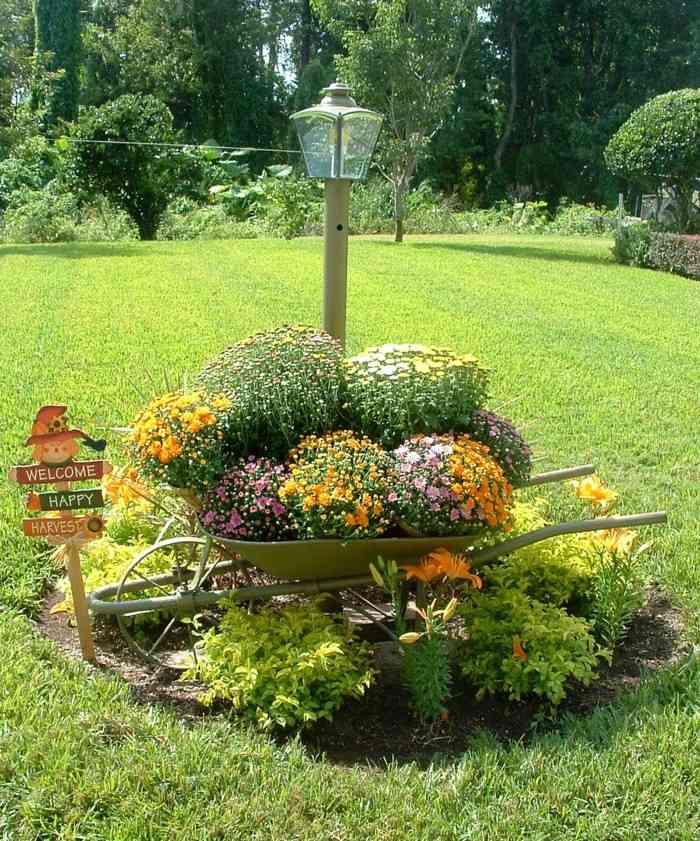 adornos jardin carro plantas farola ideas