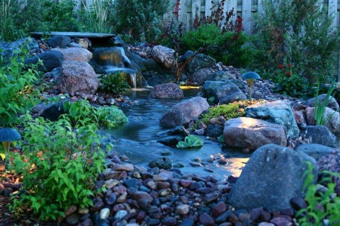adornos jardin estaqnue agua piedras noche precioso ideas