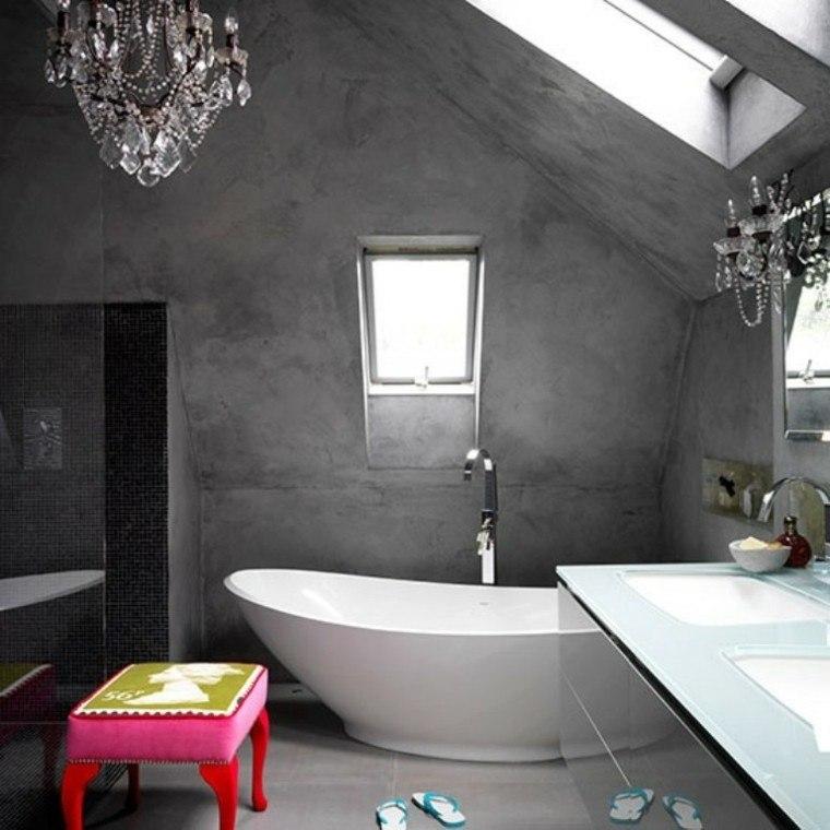 paredes baño cemento bañera blanca