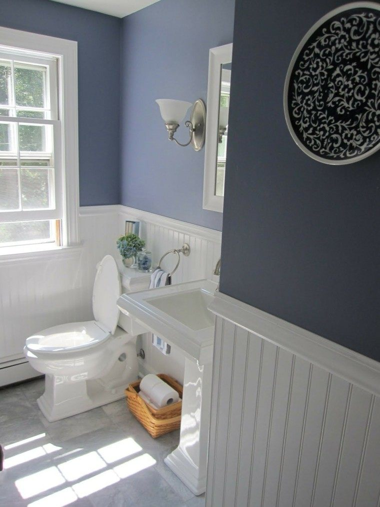 baño estilo retro azul lavanda