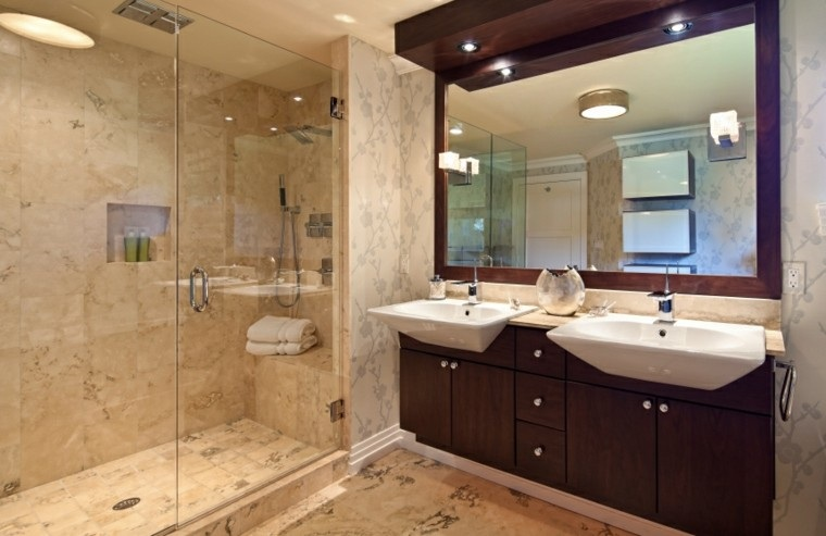 Ba os modernos con ducha 50 dise os impresionantes - Muebles de bano grandes ...