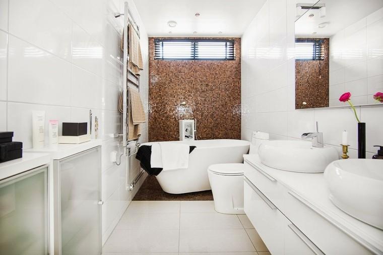 baños pequeños estrecho largo mosaico ideas