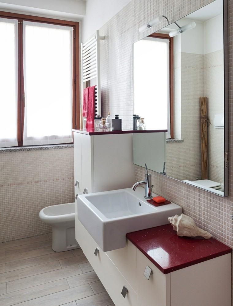 Baño Blanco Suelo Madera:Baños pequeños: 36 ideas para espacios estrechos -