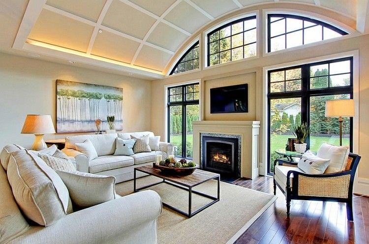 bonito salon tele chimenea pared