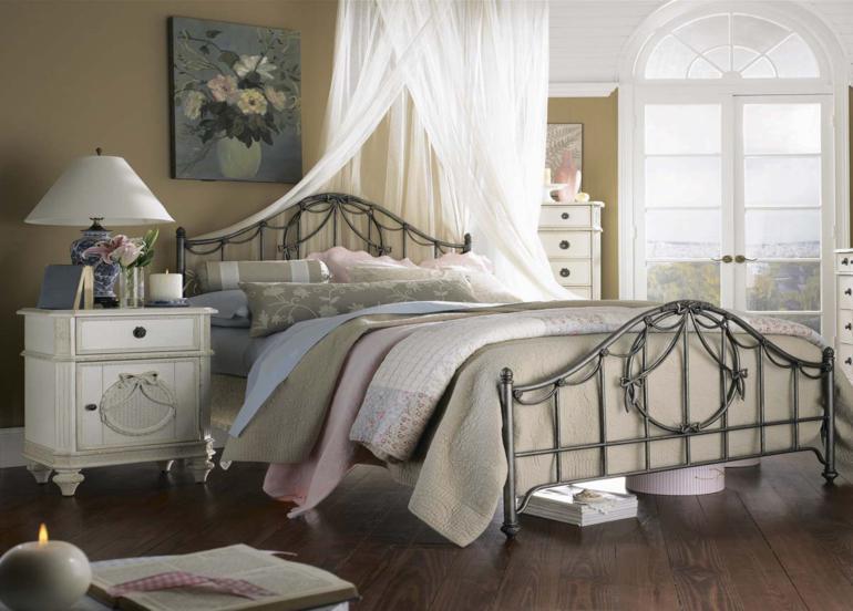 bonita cama metal estilo vintage