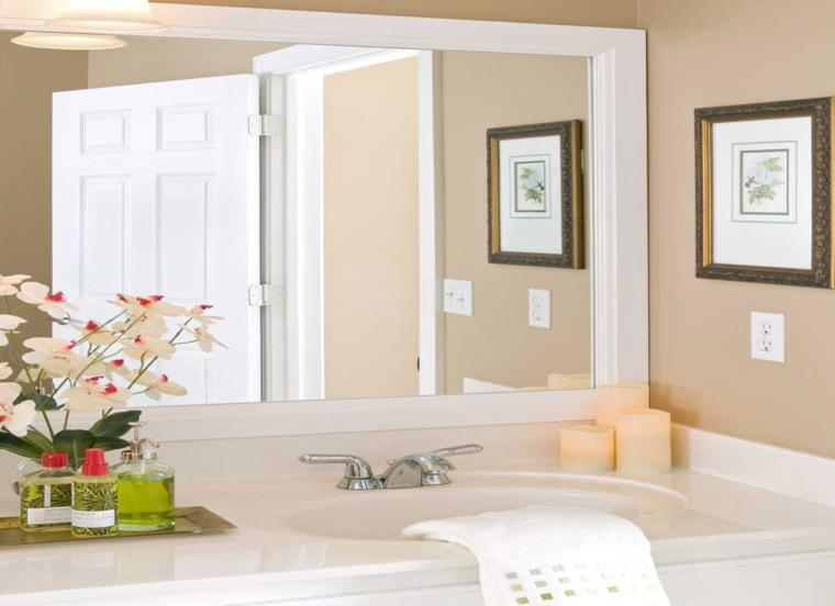 bonito espejo baño color blanco