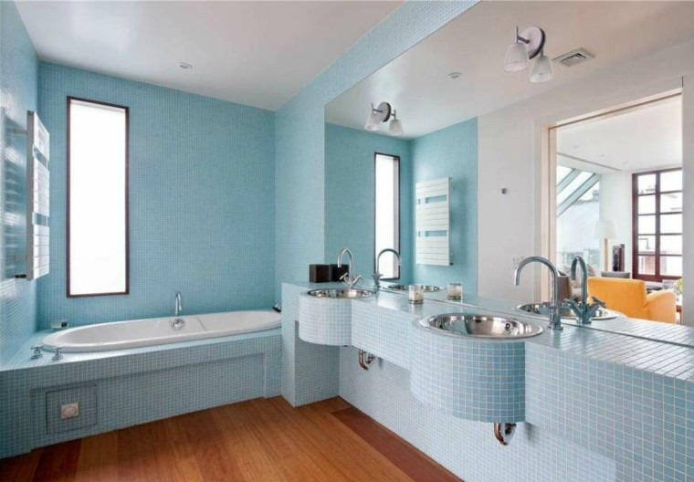 bonito cuarto baño mosaico celeste