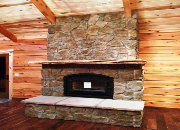 cabaña deco madera chimenea piedra