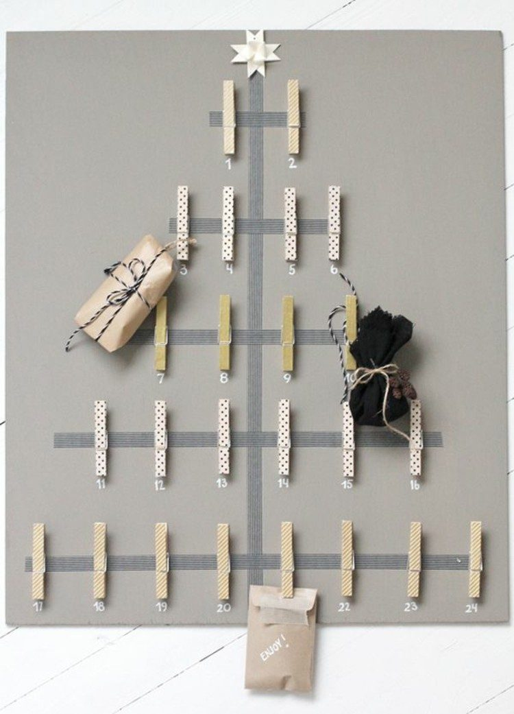 calendario de adviento precillas maderas paredes