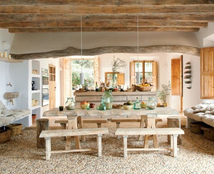 Decoracion rustica, interiores cálidos de acentos naturales.