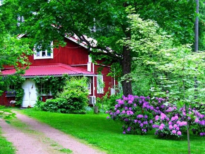 casas decoradas flores puerta verde ideas