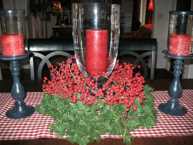 centro mesa velas rojas bayas