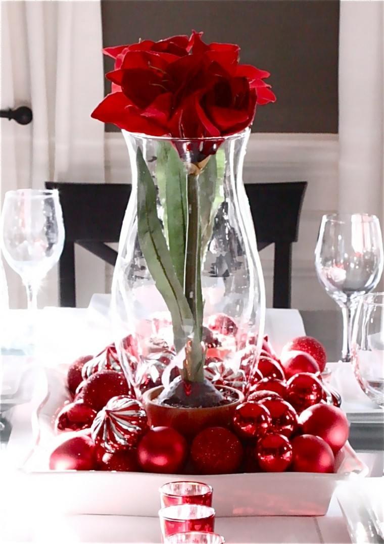centro de mesa color rojo