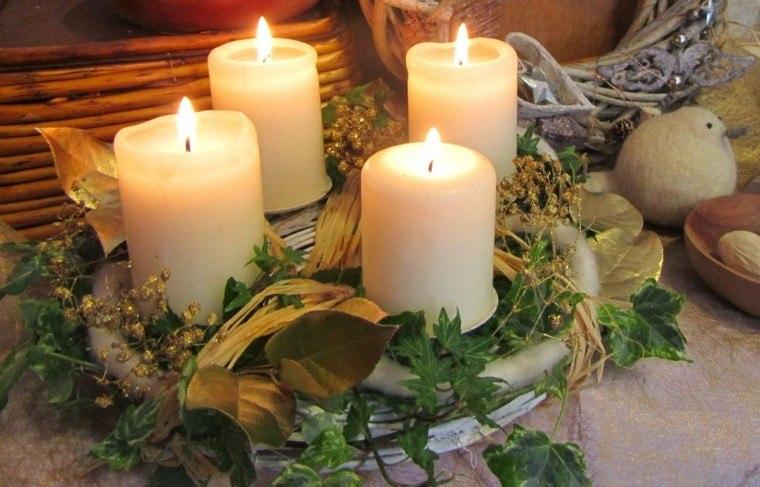 centro mesa estio velas blancas