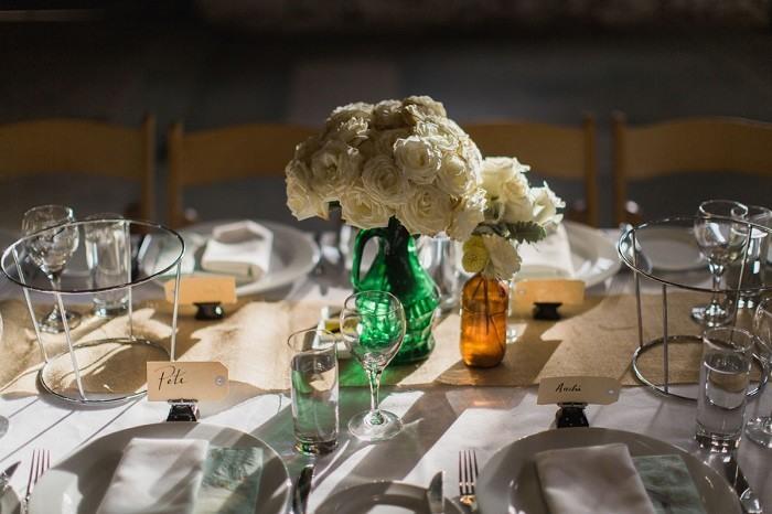 centros mesa bodas preciosos botellas cristal colores ideas