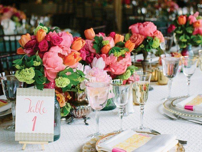 centros de mesa para bodas distintas flores ideas