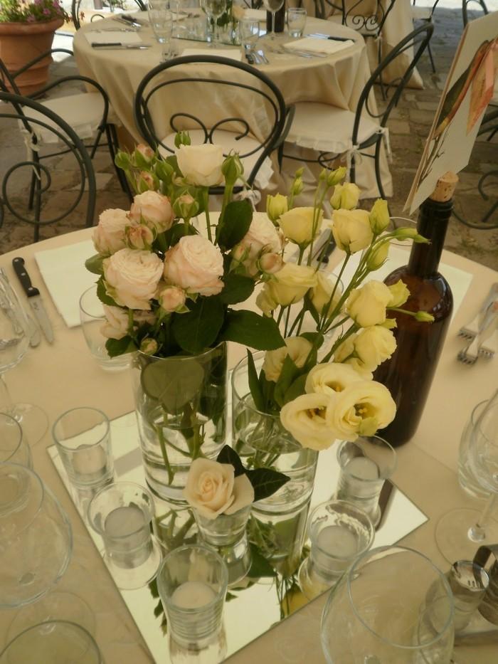 centros mesa bodas espejo velas rosas ideas