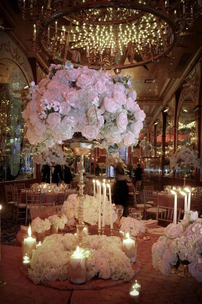 centrosde bodas flores rosas blancas ideas