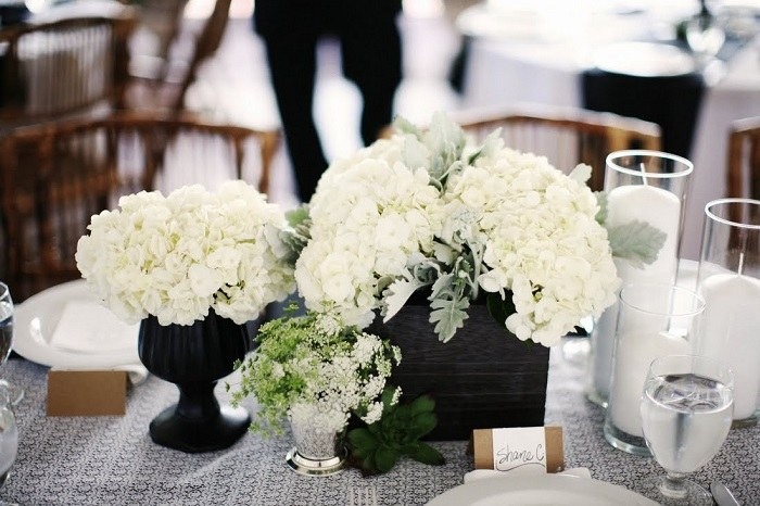 centros mesa bodas jarrones negros ideas