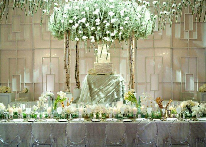 centros bodas vela flores colgando techo ideas
