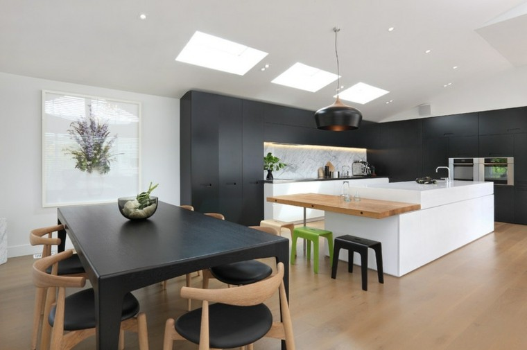 cociona moderna color negro madera
