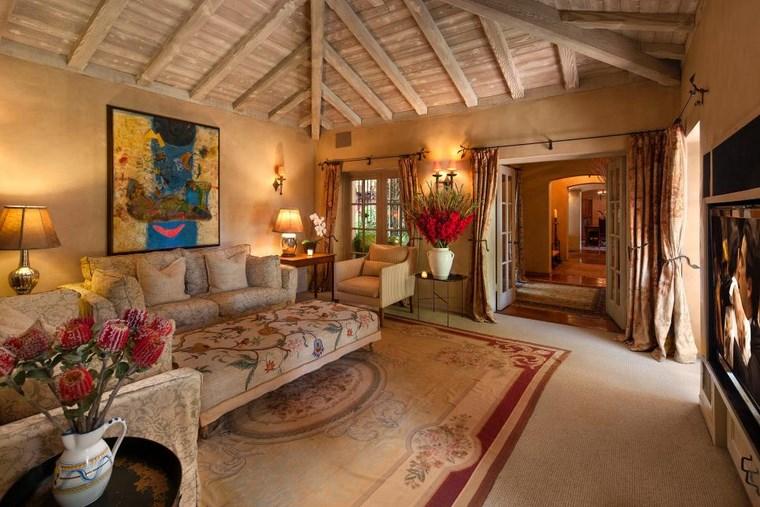colores pintura salon techo abovedado madera ideas