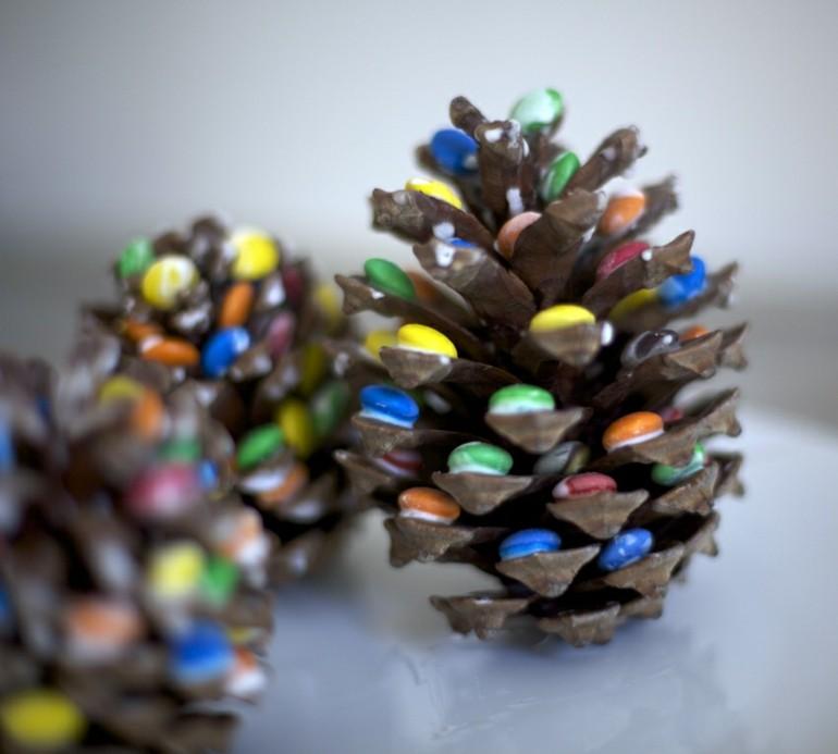 decorar piñas caramelos colores