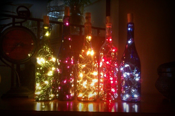decoración botellas luces colores