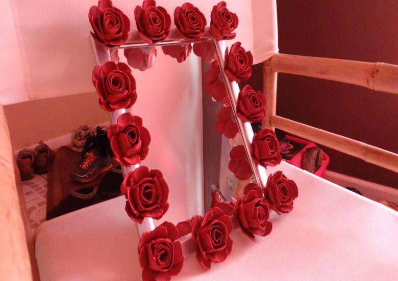 deco marco espejo rosas cartulina