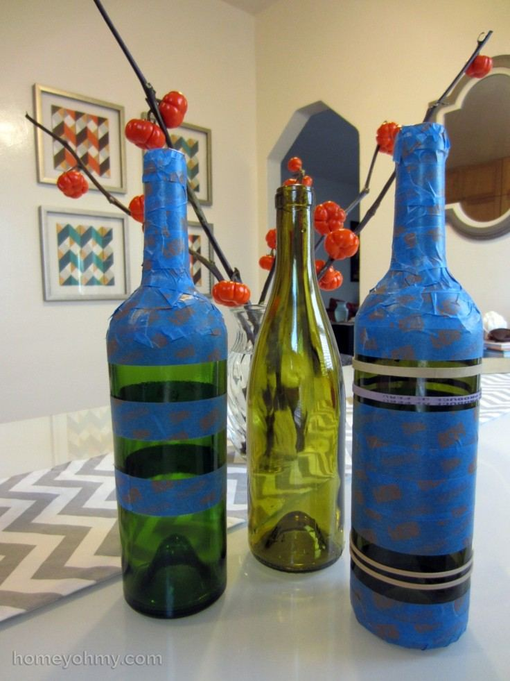decorar mesa botellas azules