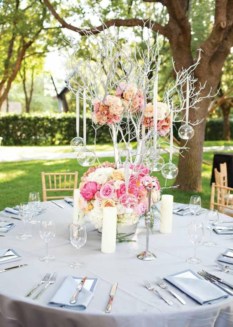 decorar mesa jardin rosas