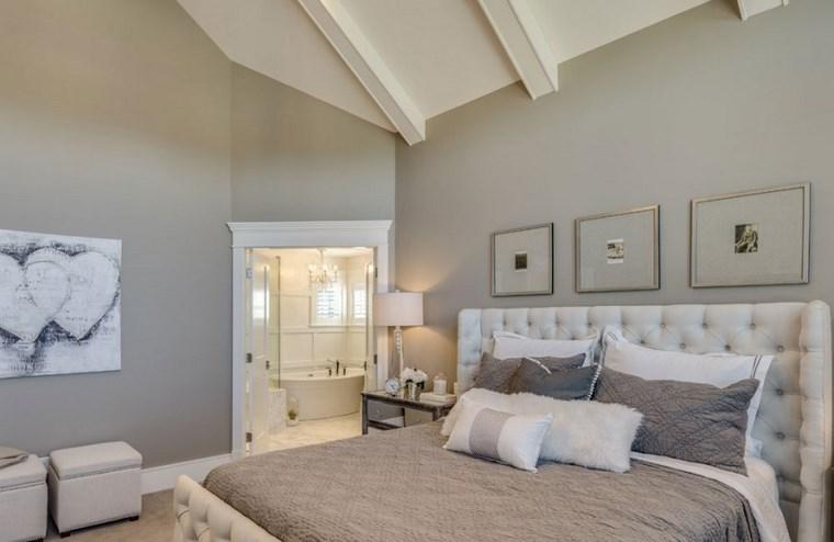 ideas modernas dormitorio cuadros pared beige