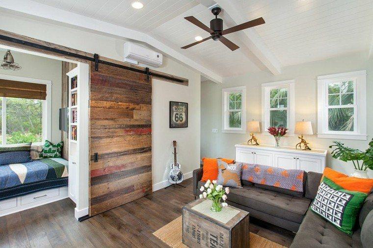 decoracion salon cojines naranja madera ideas