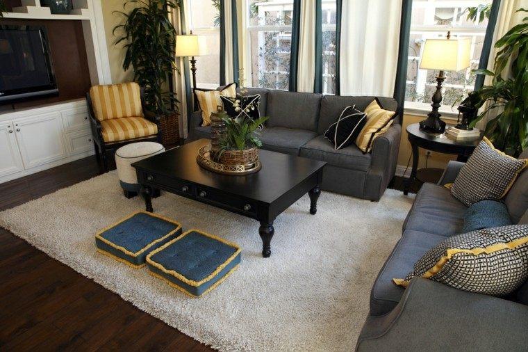 decorar salon pequeño cojines sentarse suelo ideas