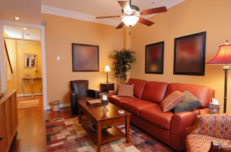 decorar salon pequeno sofa cuero rojo ideas