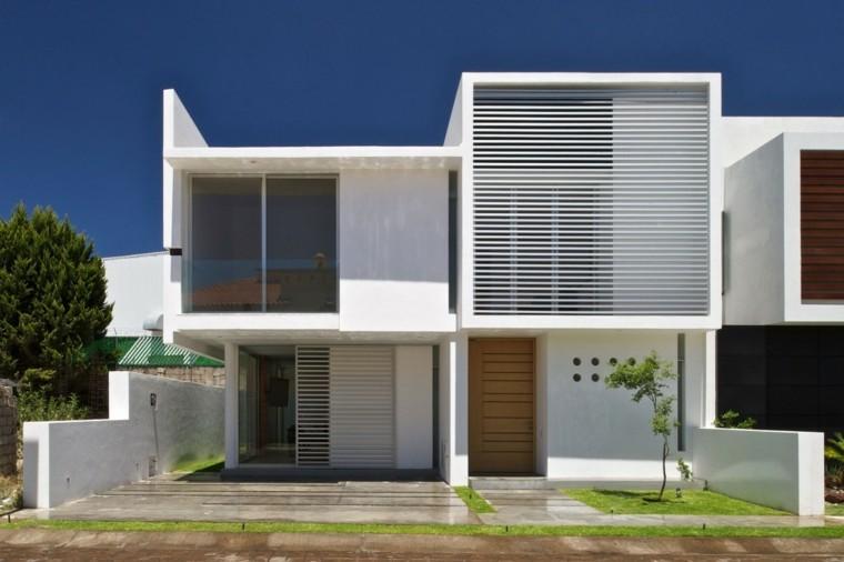 Fachadas modernas de estilo contempor neo for Fachadas de casas modernas entre medianeras