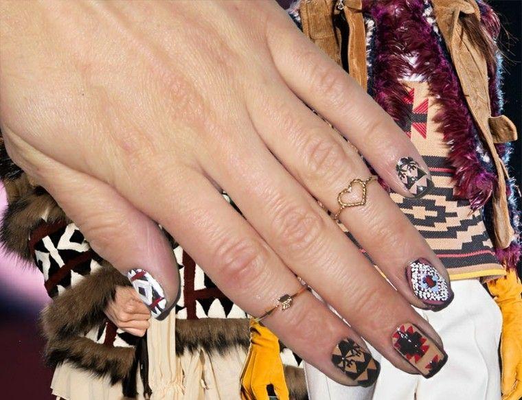 diseño de uñas inspiradas pasarela dsquared ideas