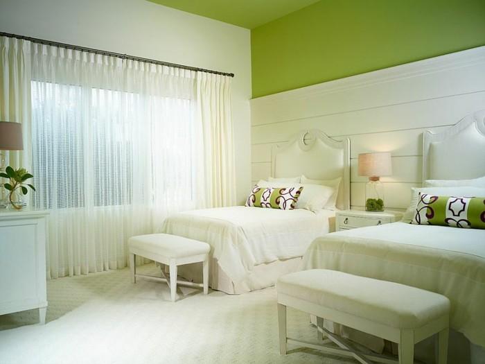 dormitorio dos camas pared madera blanca ideas